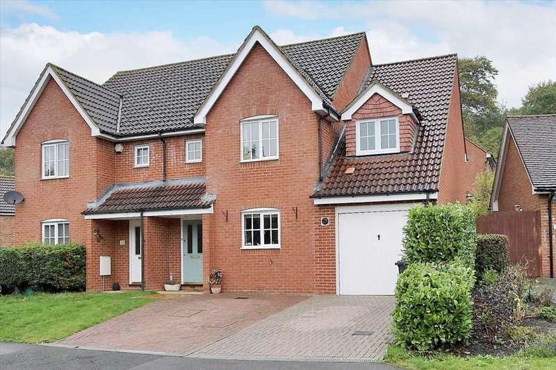 5 Bedrooms Semi Detached House for sale in Hillside, Whitchurch