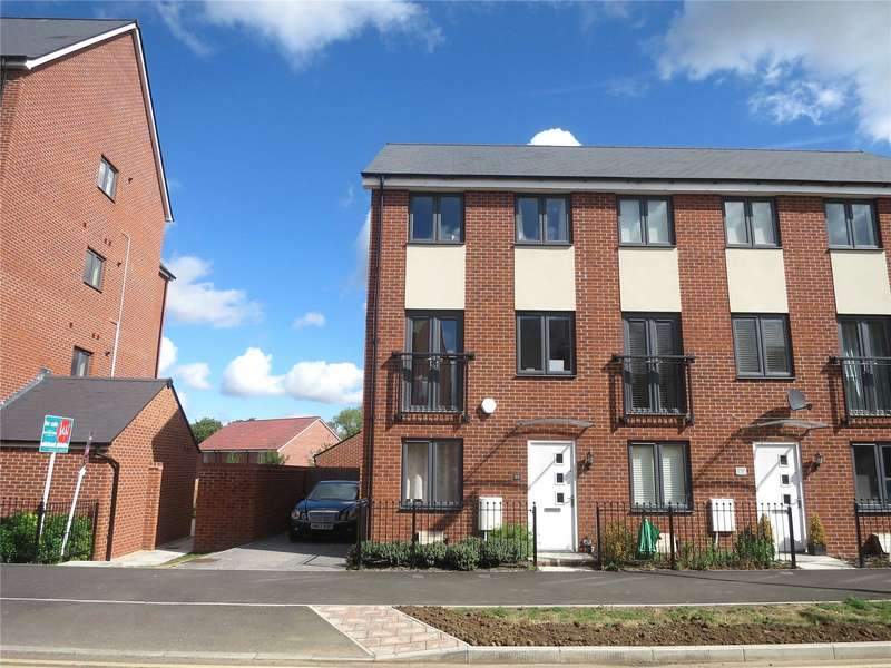 3 Bedrooms Property for rent in Jenner Boulevard, Lyde Green, Bristol BS16
