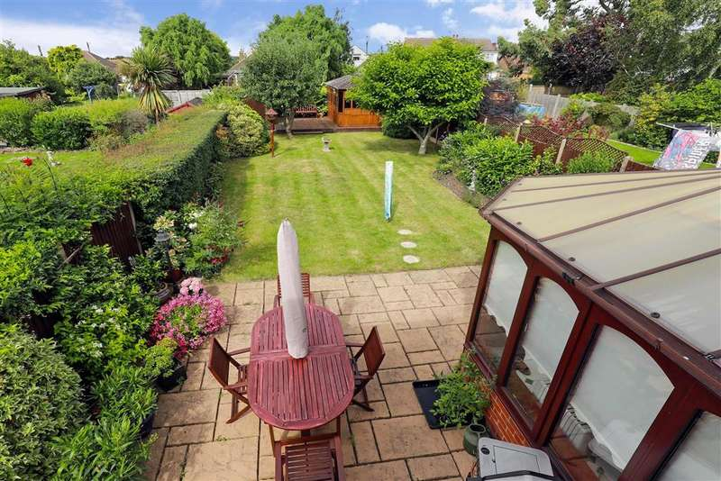 4 Bedrooms Detached House for sale in Swan Lane, , Wickford, Essex