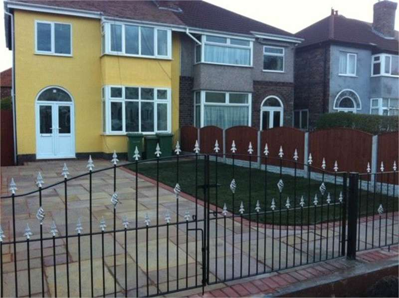 3 Bedrooms Semi Detached House for sale in Queens Road, Crosby, LIVERPOOL, Merseyside