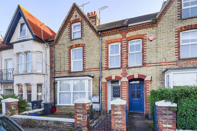 3 Bedrooms Flat for sale in Westgate Terrace, Whitstable