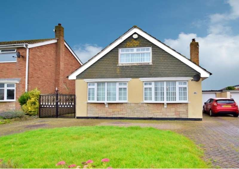 4 Bedrooms Detached House for sale in Hove Avenue, Fleetwood