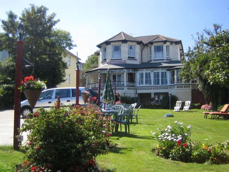 13 Bedrooms Detached House for sale in plus 10 Bedroom Coach House (Shanklin)