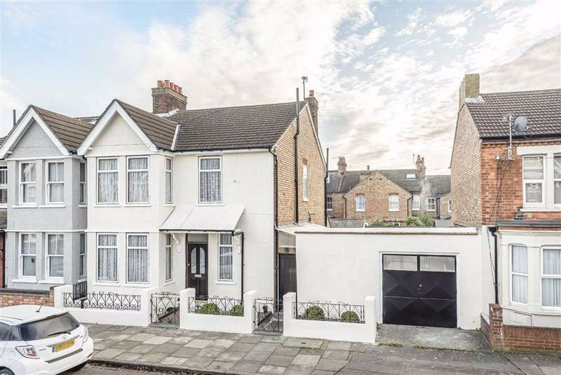 4 Bedrooms Semi Detached House for sale in Denmark Street, Bedford
