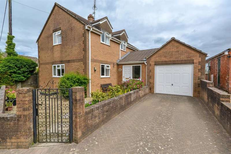 3 Bedrooms Detached House for sale in Stinchcombe, Dursley, GL11 6AN