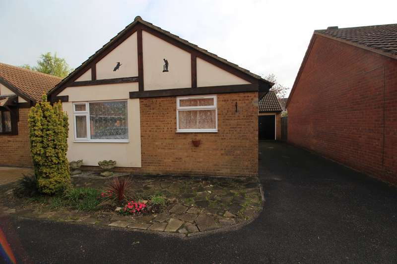 2 Bedrooms Bungalow for sale in The Willows, Yate, Bristol, BS37 5XL