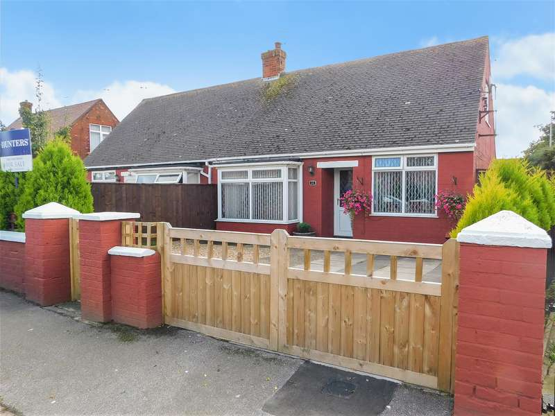 3 Bedrooms Semi Detached Bungalow for sale in Windsor Road, Mablethorpe,
