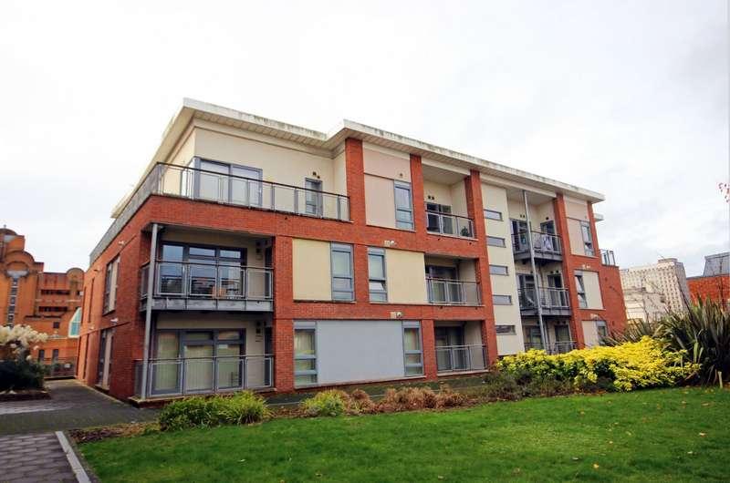 2 Bedrooms Flat for sale in Horizon, Broad Weir, Bristol BS1