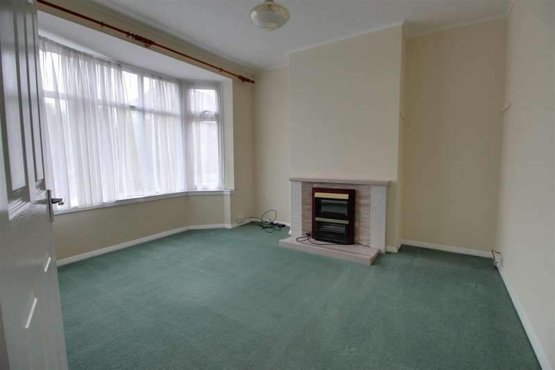 3 Bedrooms Semi Detached House for sale in Osborne Road, Reading