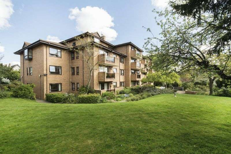 2 Bedrooms Property for sale in Challoner Court, Bromley: ** BALCONY OVERLOOKING GARDENS **
