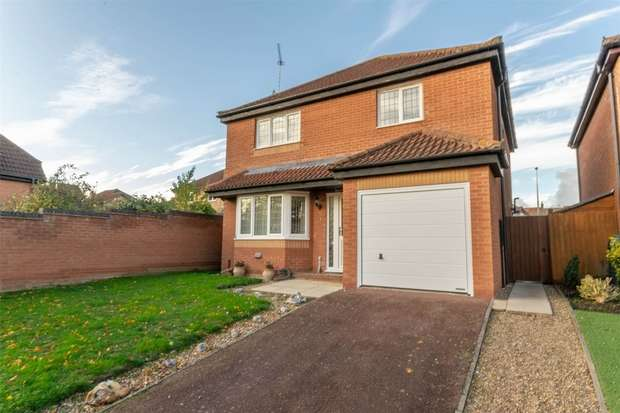 3 Bedrooms Detached House for sale in Fakenham