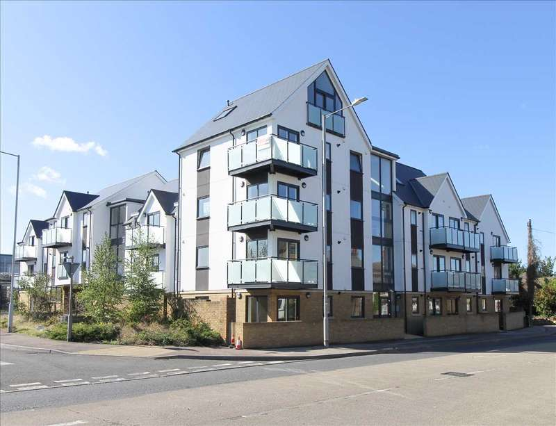 2 Bedrooms Apartment Flat for sale in Clarity Mews, London Road, Sittingbourne