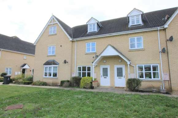 4 Bedrooms Property for sale in Ermine Street North, Papworth Everard, Cambridge