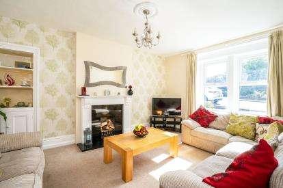 3 Bedrooms Terraced House for sale in Southfield Terrace, Laneshaw Bridge, Lancashire, ., BB8