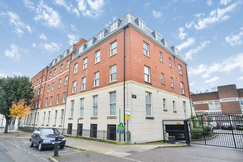 2 Bedrooms Apartment Flat for sale in Flagstaff Court, Canterbury, Kent, CT1