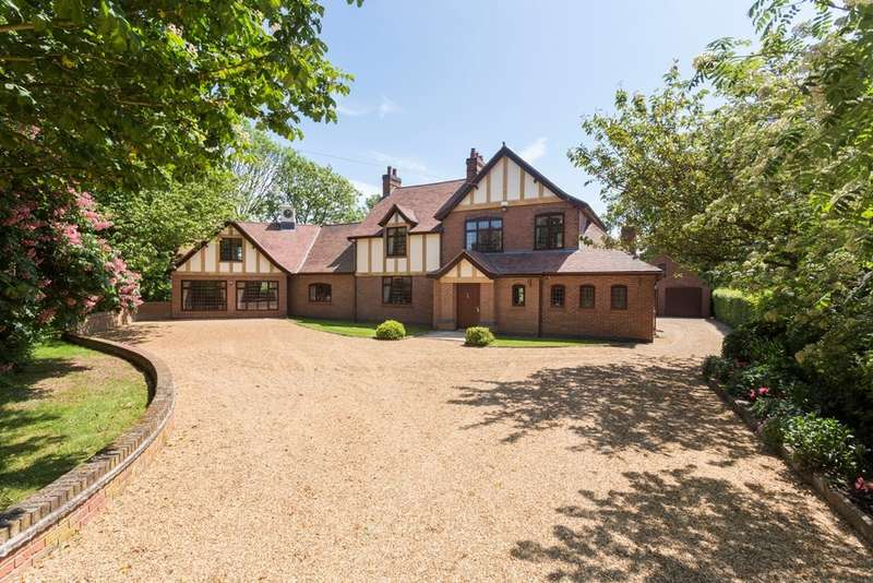 5 Bedrooms Detached House for sale in Sutton On The Hill, Derbyshire