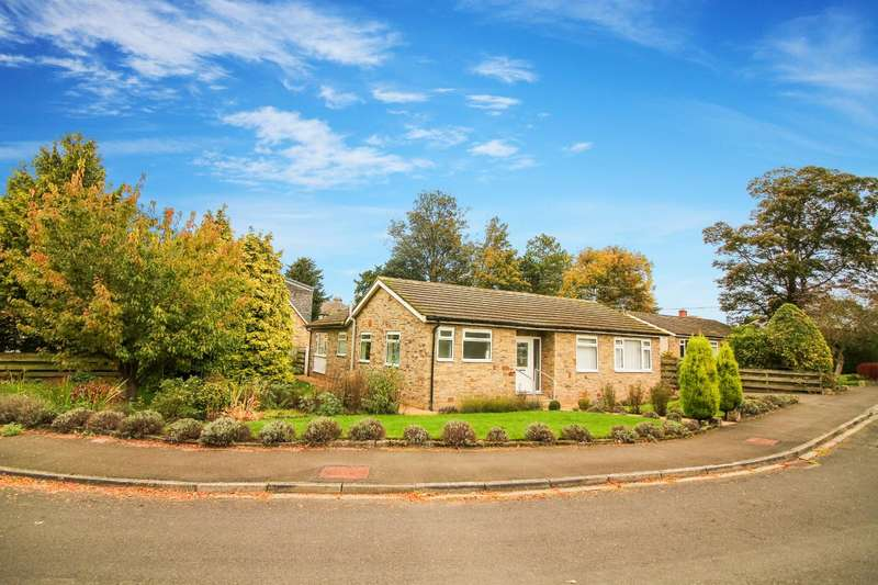 3 Bedrooms Bungalow for sale in Nunnykirk Close, Ovingham, Prudhoe