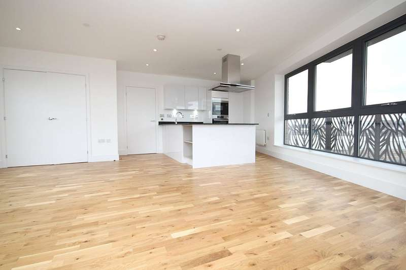 3 Bedrooms Property for sale in 139 Leven Road, London