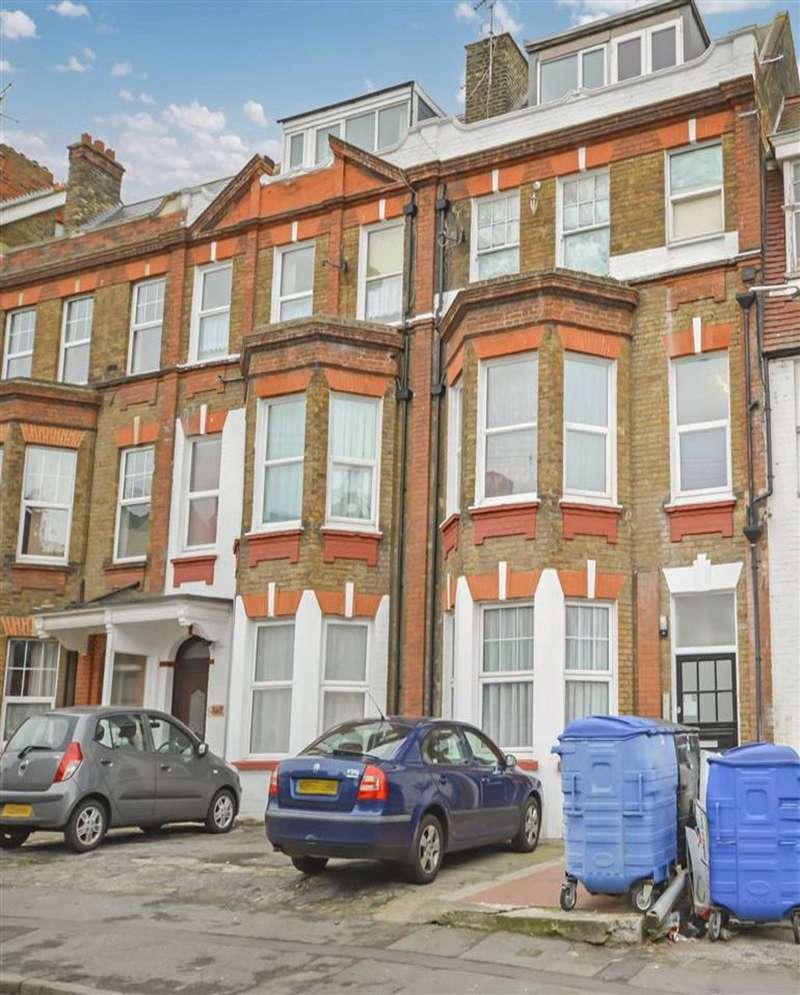 1 Bedroom Flat for sale in Harold Road, Margate, Kent