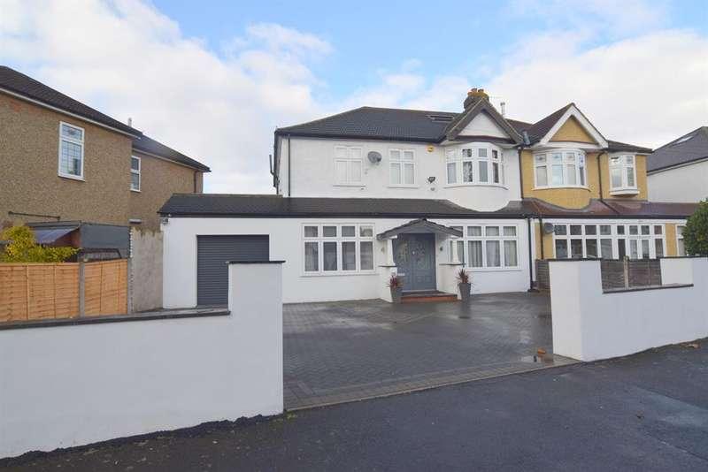 5 Bedrooms Semi Detached House for sale in Colborne Way, Worcester Park, KT4