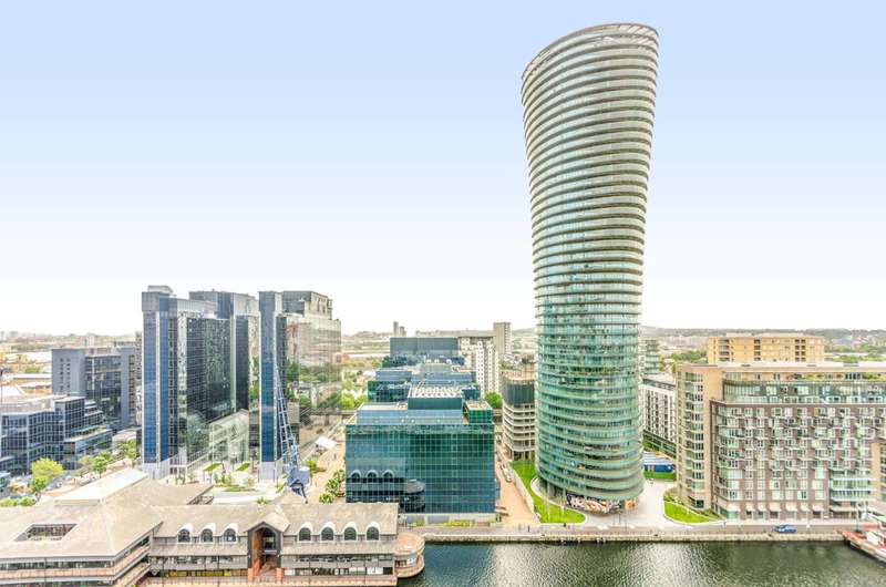 Studio Flat for sale in Crossharbour Plaza, Canary Wharf, E14