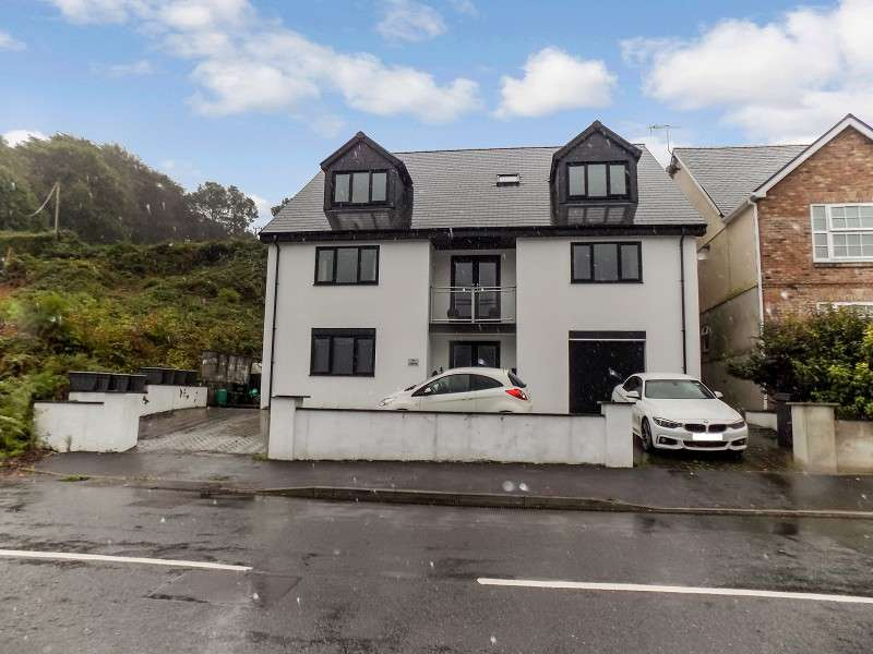 5 Bedrooms Detached House for sale in Ty Gwyn, Neath Road, Resolven, Neath, Neath Port Talbot. SA11 4AN