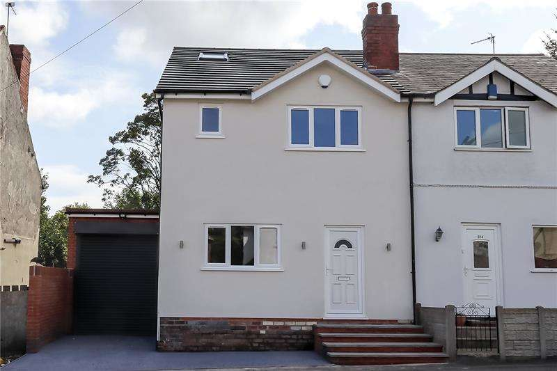 3 Bedrooms Semi Detached House for sale in Queens Road, Smethwick, West Midlands, B67