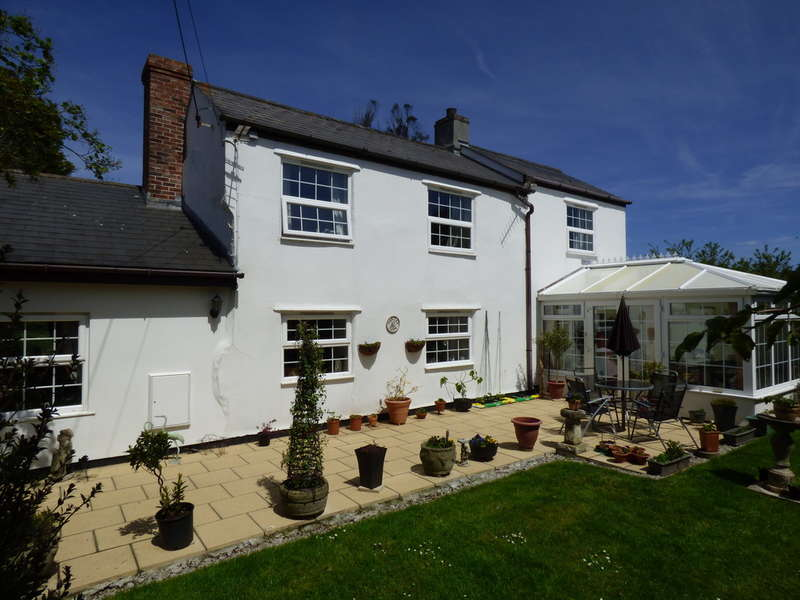 3 Bedrooms House for sale in Threeburrows,Truro