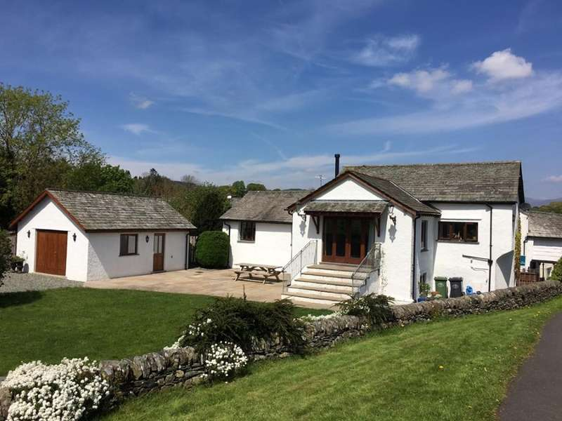 3 Bedrooms Semi Detached House for sale in The Roost, Church Hill, Hawkshead, Ambleside, Cumbria