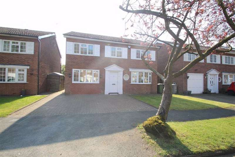 3 Bedrooms Detached House for sale in Cottesmore Gardens, Hale Barns