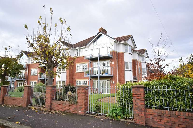 2 Bedrooms Apartment Flat for sale in 21 Links Gate, Lytham St Annes, FY8