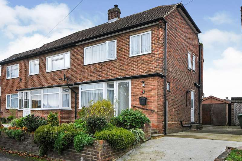 3 Bedrooms Semi Detached House for sale in Sermon Drive, Swanley, Kent, BR8