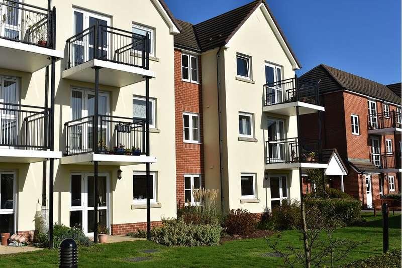 1 Bedroom Retirement Property for sale in Atkinson Court, 118-124 Havant Road, East Cosham, PO6 2HZ