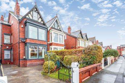 6 Bedrooms Semi Detached House for sale in York Road, Lytham St Anne's, Lancashire, FY8
