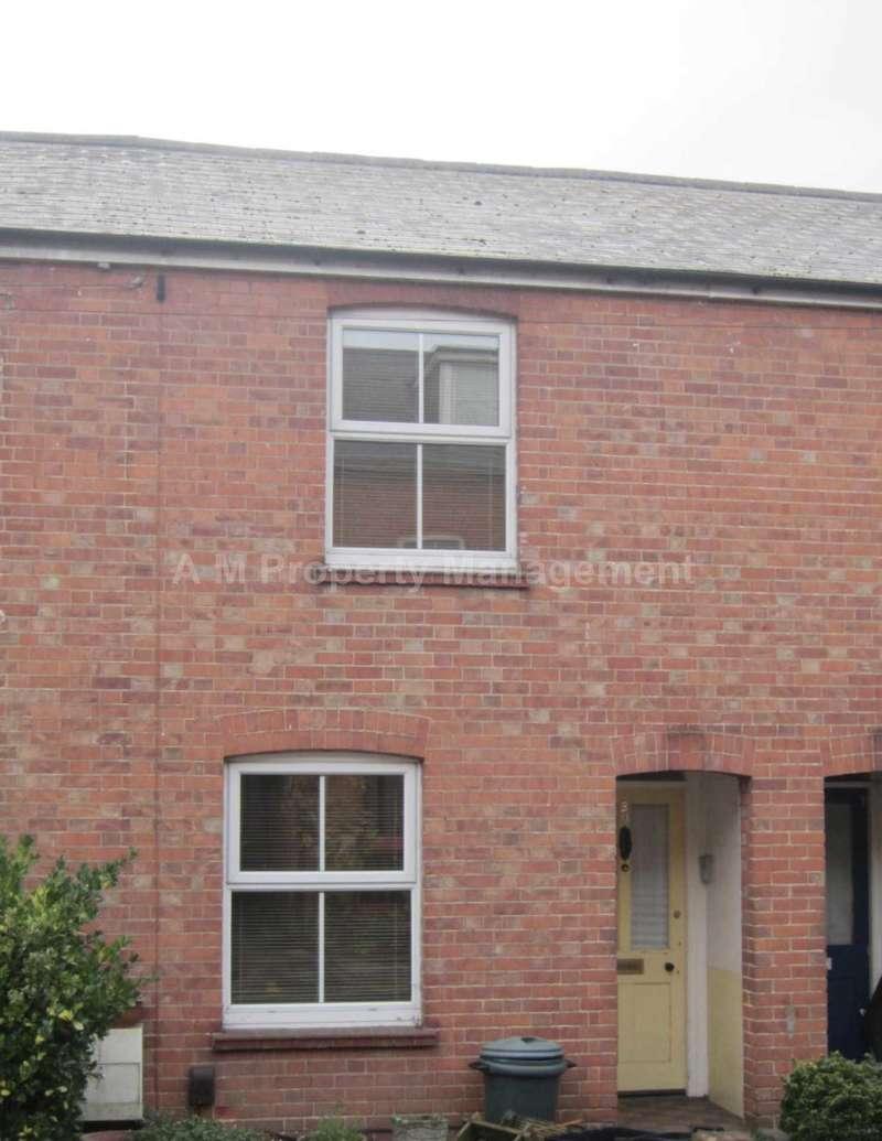 3 Bedrooms Terraced House for rent in Langborough Road, Wokingham