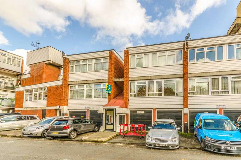 3 Bedrooms Maisonette Flat for sale in Cottage Street, Canary Wharf, E14