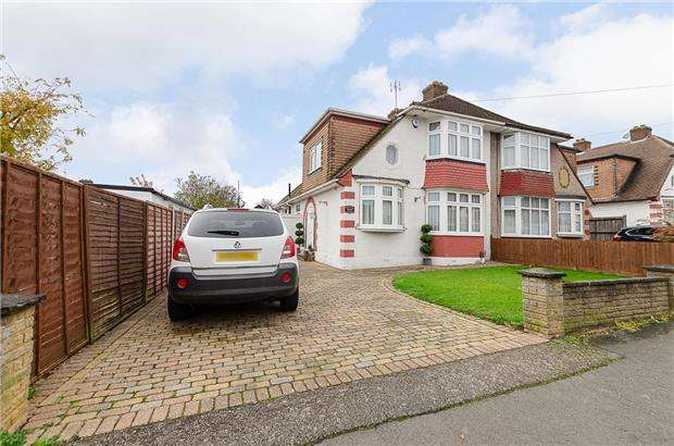 3 Bedrooms Semi Detached House for sale in Caversham Avenue, SUTTON, Surrey, SM3 9AQ