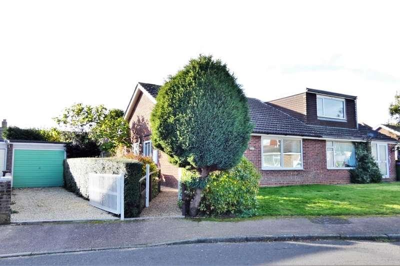 2 Bedrooms Semi Detached Bungalow for sale in Fern Close, Hawkinge, Folkestone, CT18