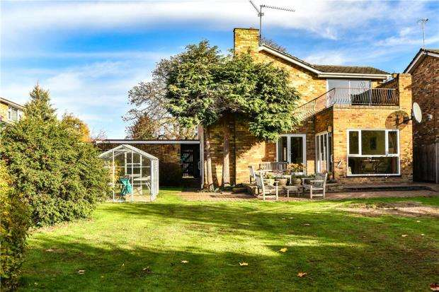 4 Bedrooms Detached House for sale in Poplars Grove, Maidenhead, Berkshire