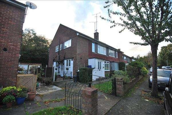 Property for sale in Wimborne Close, Buckhurst Hill, Buckhurst Hill, Essex, IG9 5DN