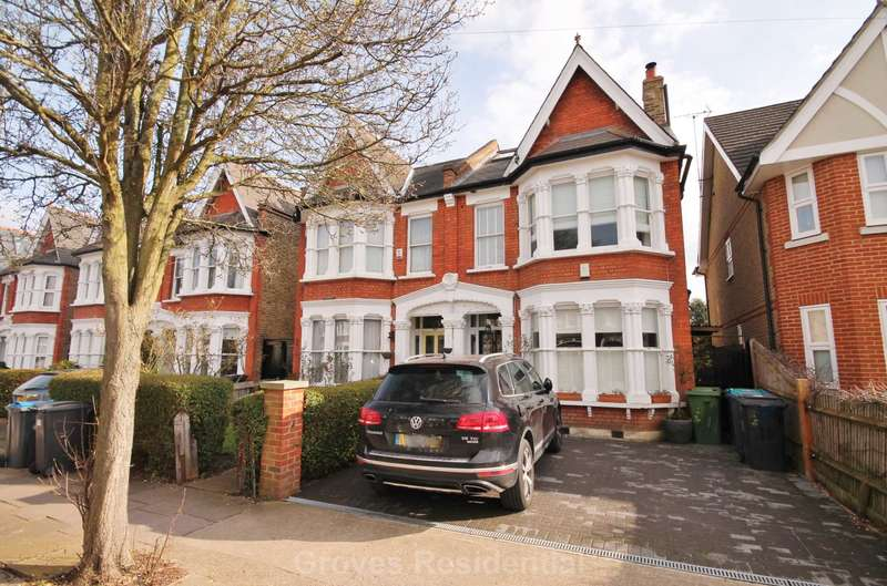 5 Bedrooms Semi Detached House for sale in Sussex Road, New Malden