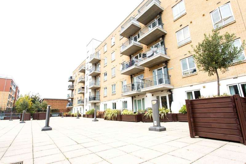 2 Bedrooms Apartment Flat for sale in Windmill Lane, Stratford