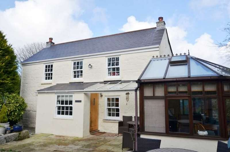 3 Bedrooms Detached House for sale in HERNISS, PENRYN