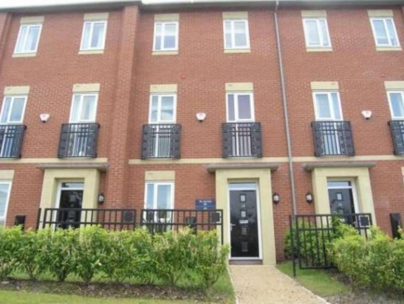 3 Bedrooms Property for rent in Field Close, Bilston WV14
