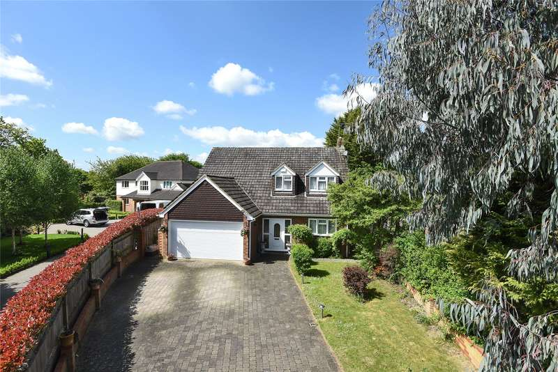 4 Bedrooms Detached House for sale in Brownlow Drive, Bracknell, Berkshire, RG42