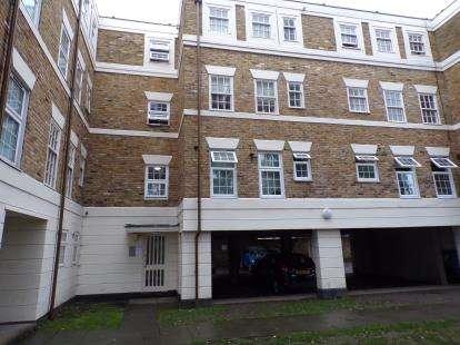 1 Bedroom Flat for sale in Beechwood Mews, London