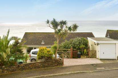 4 Bedrooms Detached House for sale in Downderry, Torpoint, Cornwall