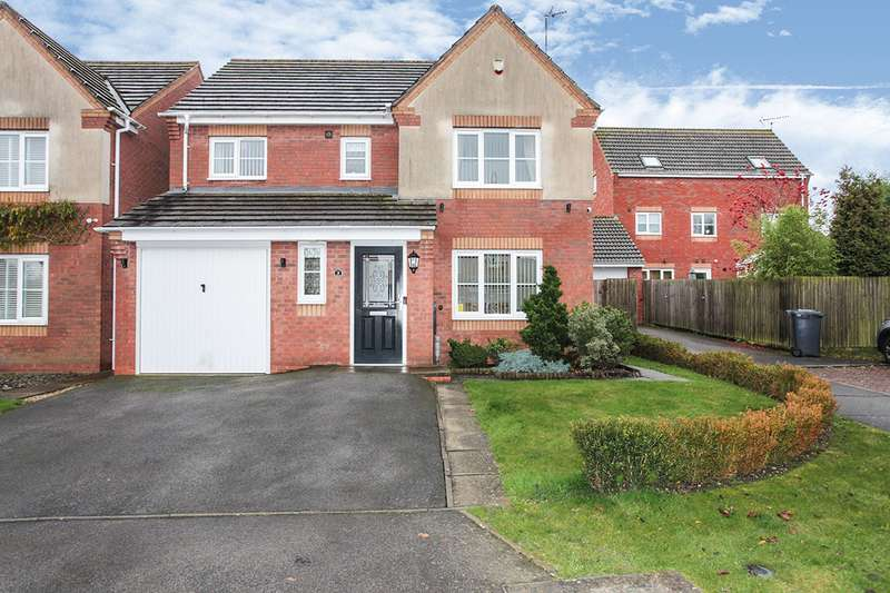 4 Bedrooms Detached House for sale in Honeysuckle Close, Bedworth, Warwickshire, CV12