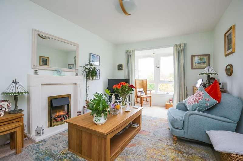 3 Bedrooms Flat for sale in North Meggetland, Craiglockhart, Edinburgh, EH14