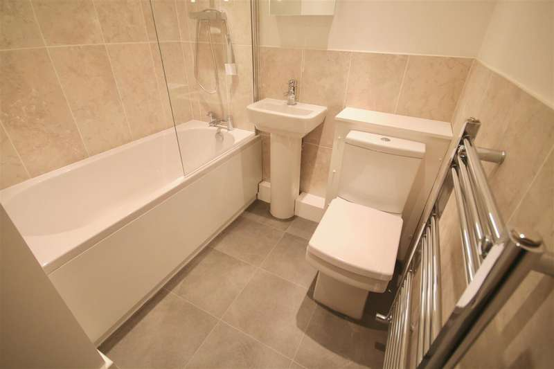 1 Bedroom Flat for sale in Isambard Brunel Road, Portsmouth